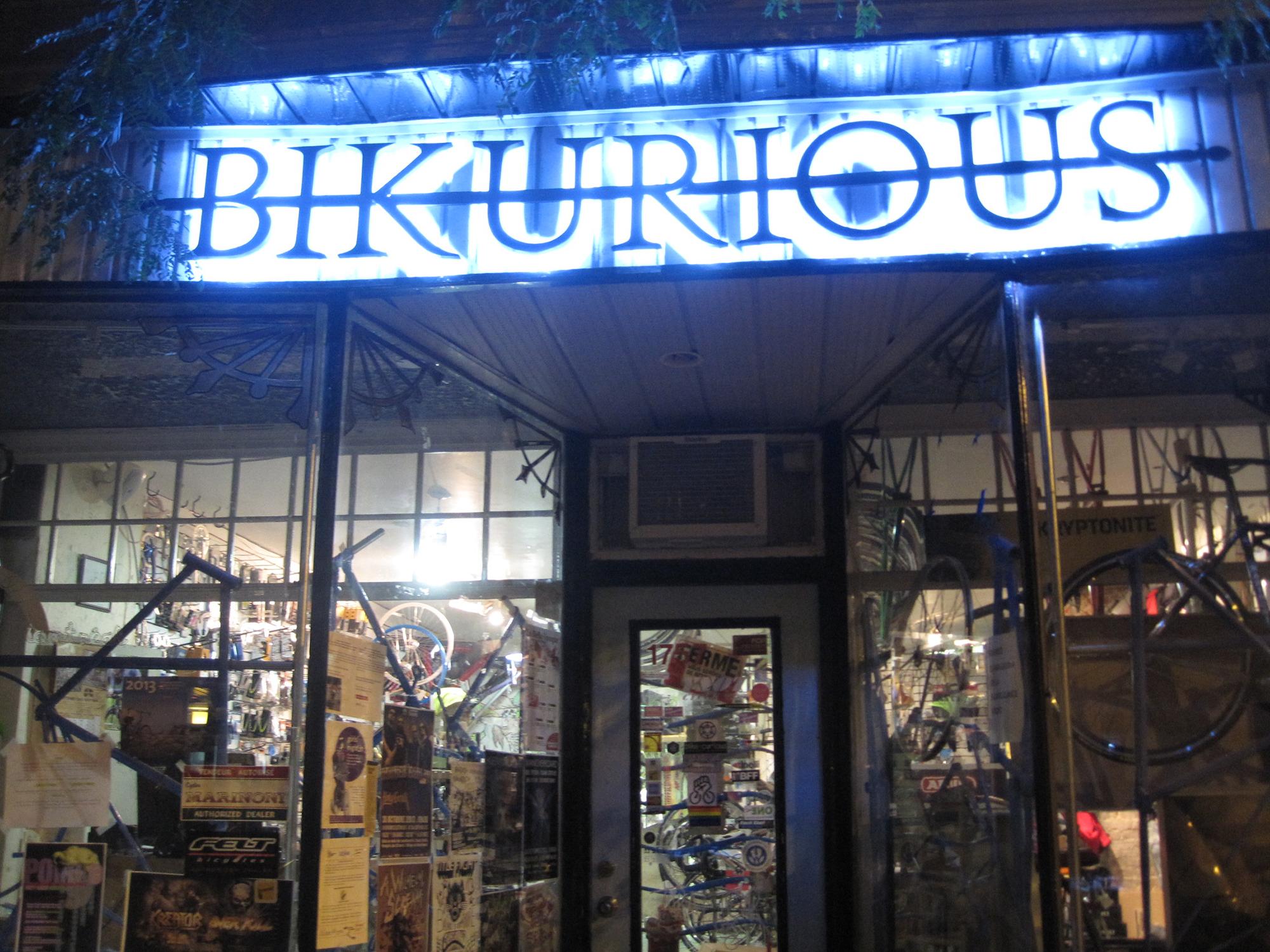 bikurious enseigne sur mesureSQUARESPACE.jpg