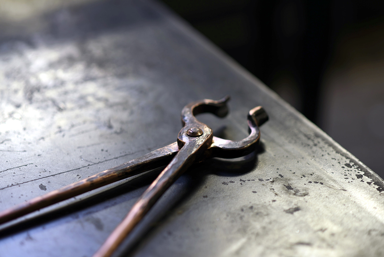 custom forge copper blacksmith tongsSQUARESPACE.jpg