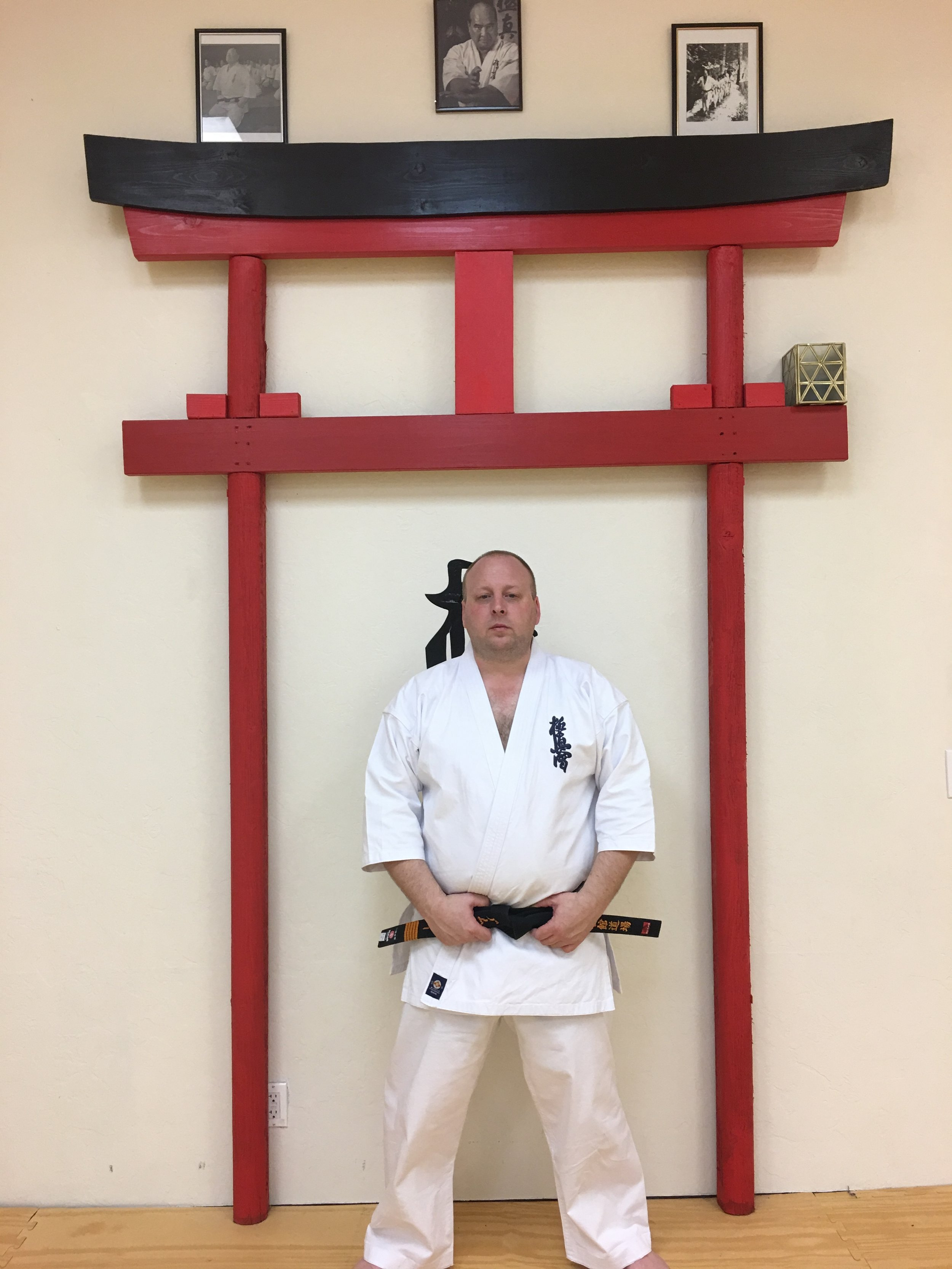 Shihan William - I having been training in the marital arts for 35 years, primarily in Kyokushin Karate (6th Dan) and Iaijutsu (Shin Shin Ryu). I have branched out into a number of styles/school in the last 35 years of Budo.I am student of both Soke Newton James (of the Fighting Black Kings Fame) and Shihan Larry Swanser. Our goal at Kaizen Kan is to pass on the wisdom that was past on to us, to the next generation, to see the arts live and breath as they help improve the human qualities. These arts belong to everyone. I am a Shihan of the Bas-I Kyokushin Karate Organization and serve as the Arizona Branch Chief.Professionally I have served our nation as a member of the U.S. Army (MOS 11B1P) and am a Federal Law Enforcement Agent .I am a proud father and husband