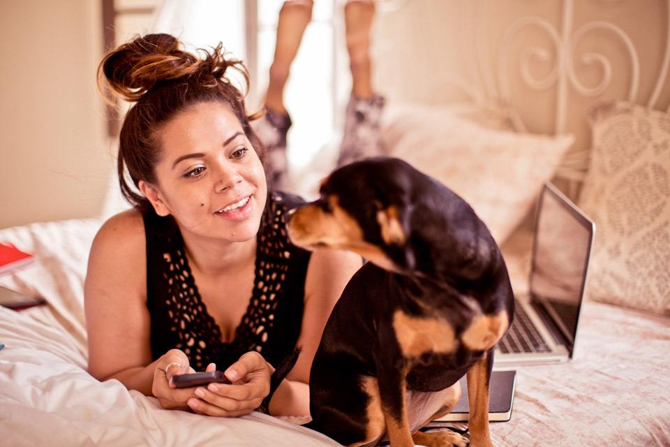 christina-topacio-profresh-style-sabrina-noel-hill-los-angeles-fashion-blogger-working-from-home-vintage-bedroom-inside-my-home-bebe-15.jpg