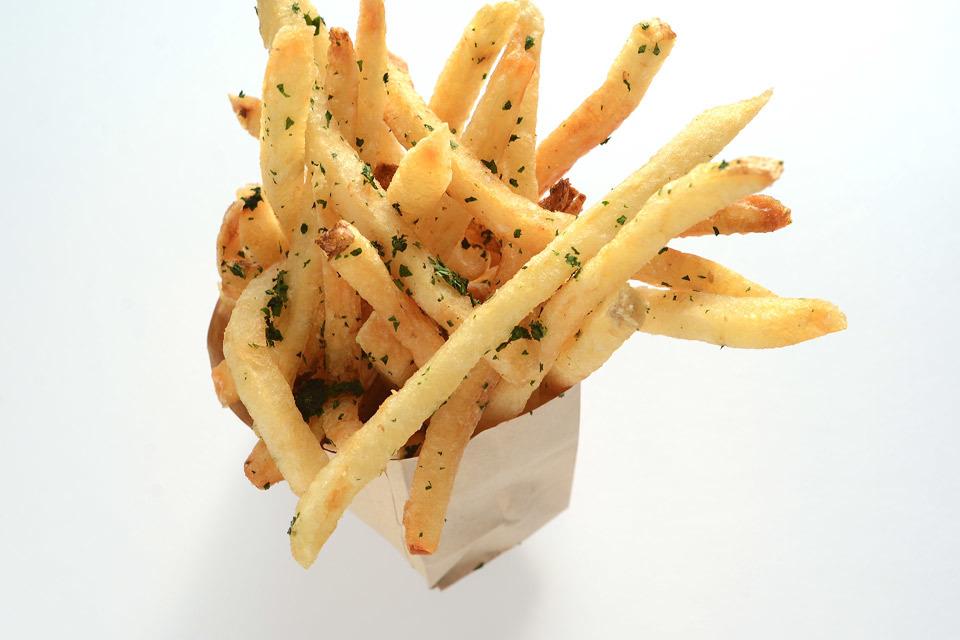 burger-lounge-profresh-burger-caliente-profresh-betweenprofreshbuns-christina-topacio-los-angeles-foodie-10.jpg