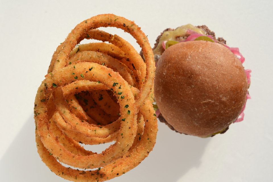 burger-lounge-profresh-burger-caliente-profresh-betweenprofreshbuns-christina-topacio-los-angeles-foodie-14.jpg
