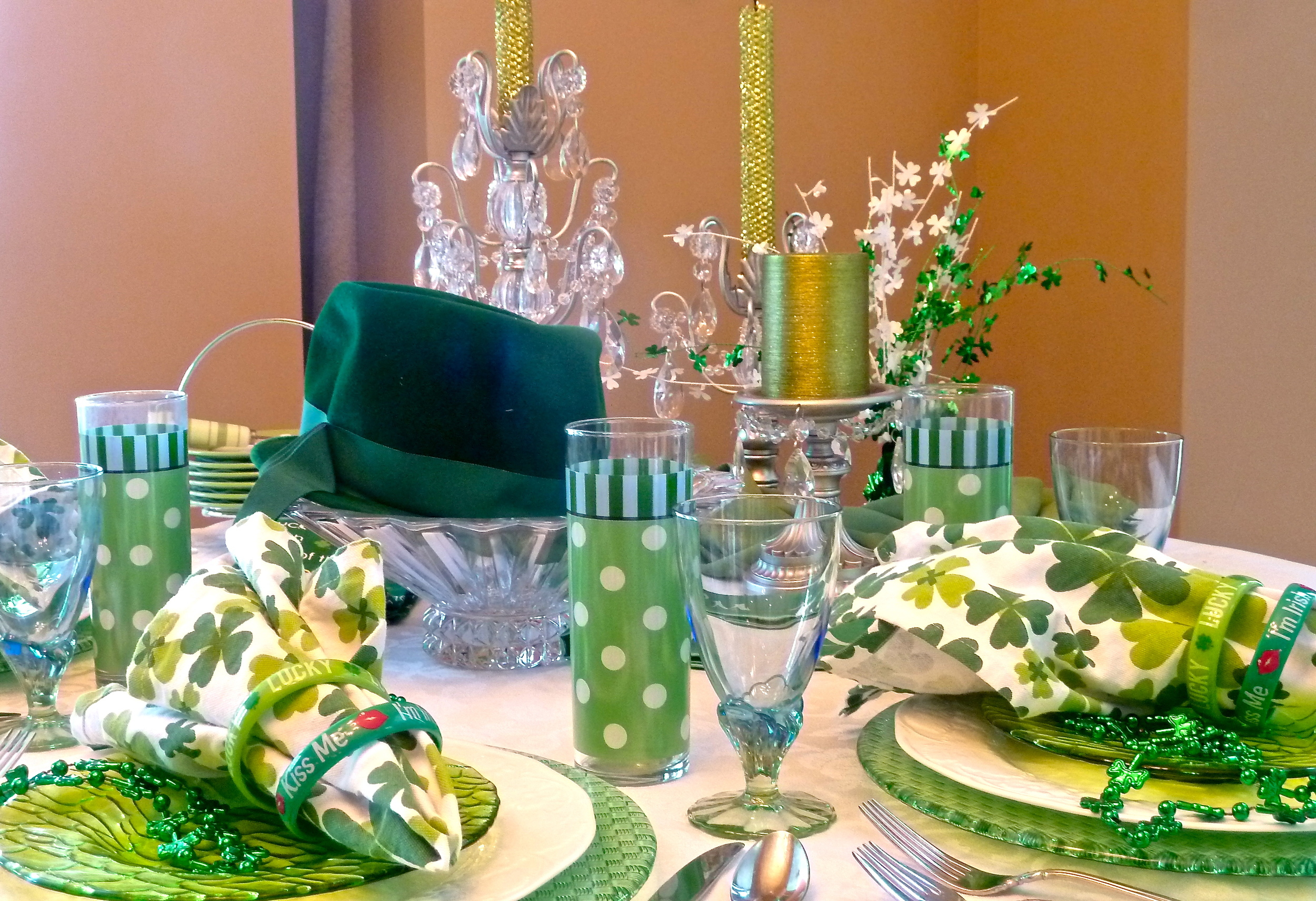 St.Patty's Table Setting