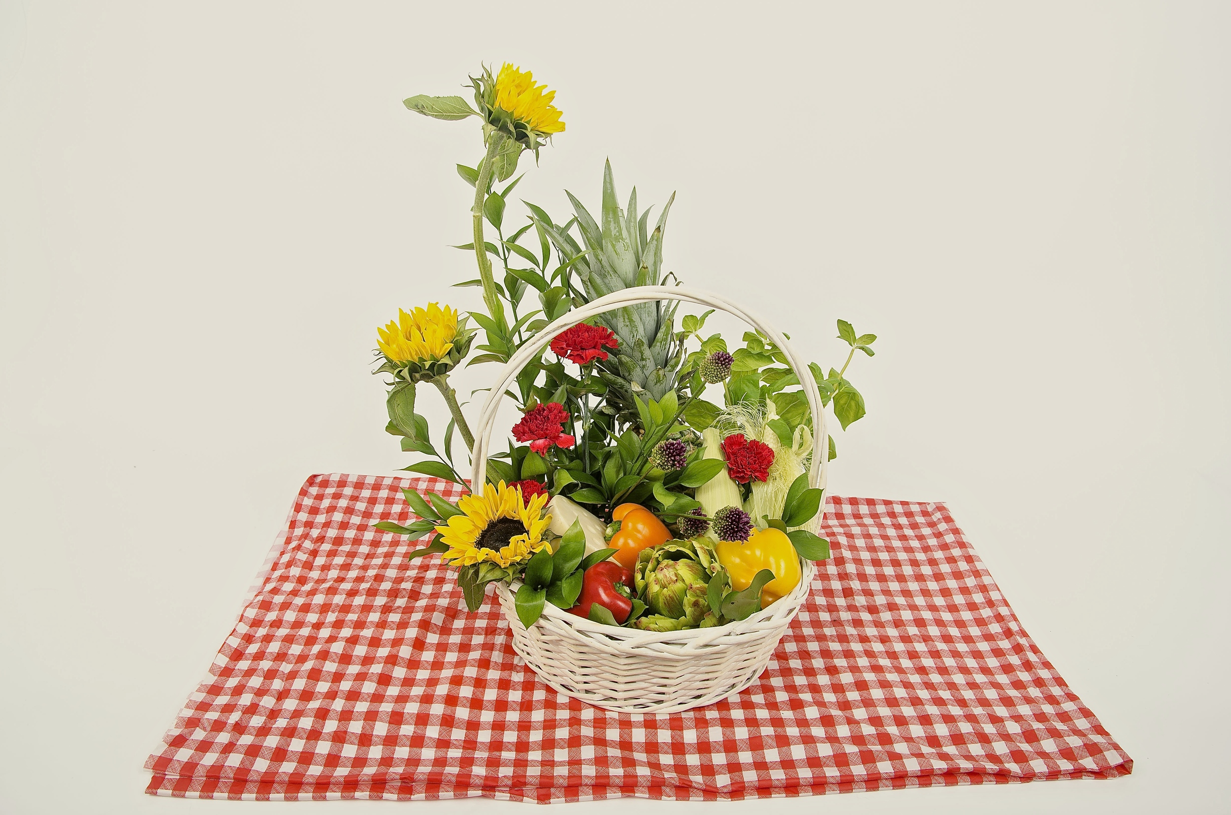TST_FloralRecipe_Picnics_photo.jpeg