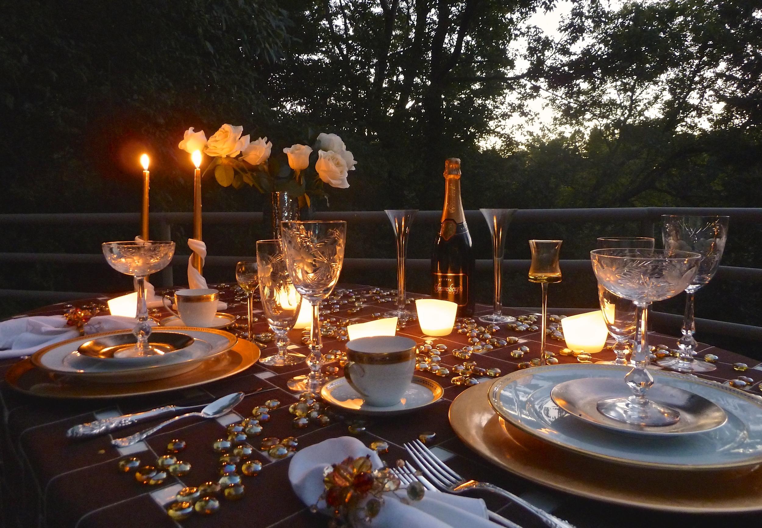 Romantic Sunset Table
