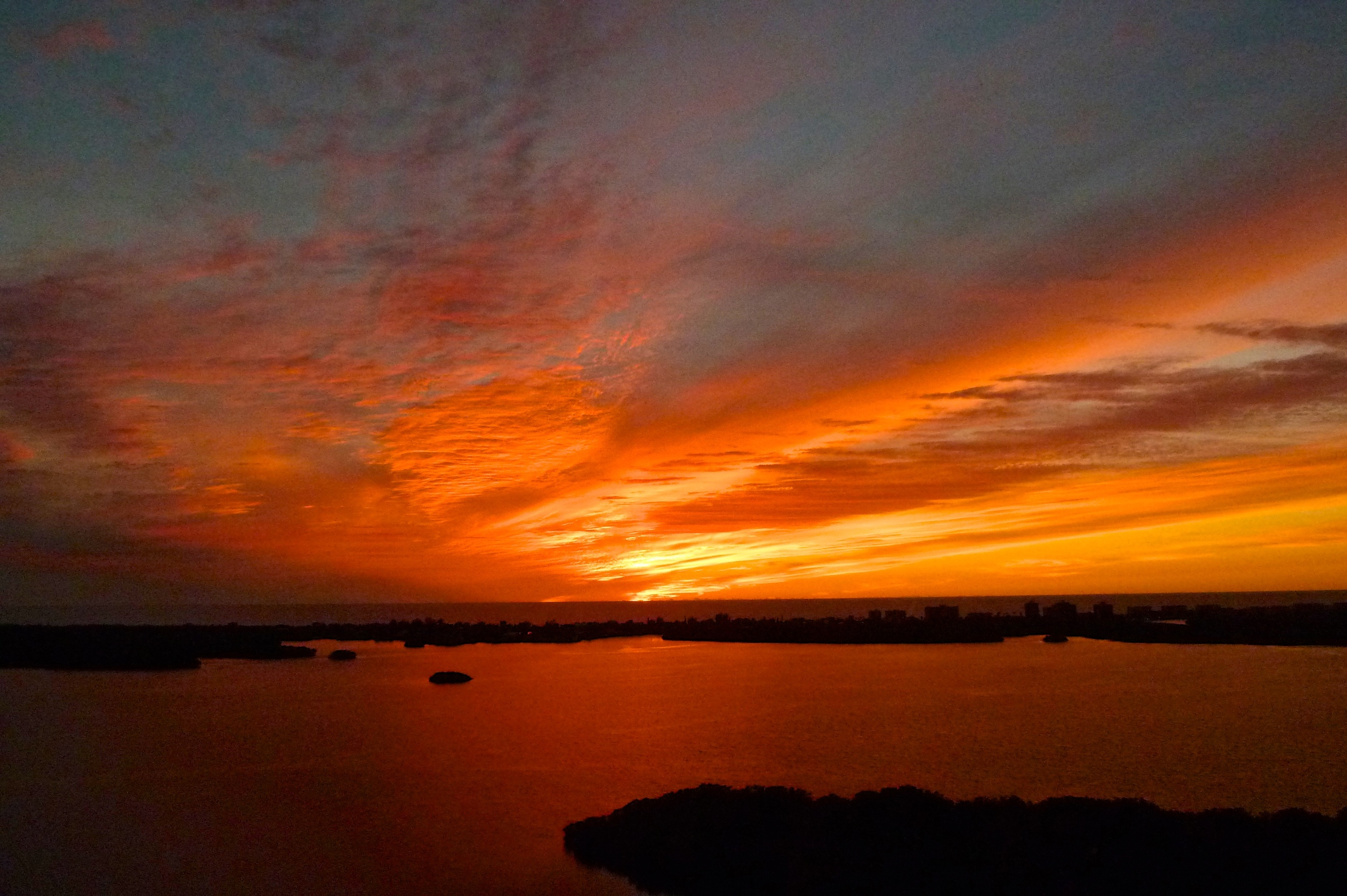 TST_BonitaBay_Sunset_cindi_photo#2.jpeg
