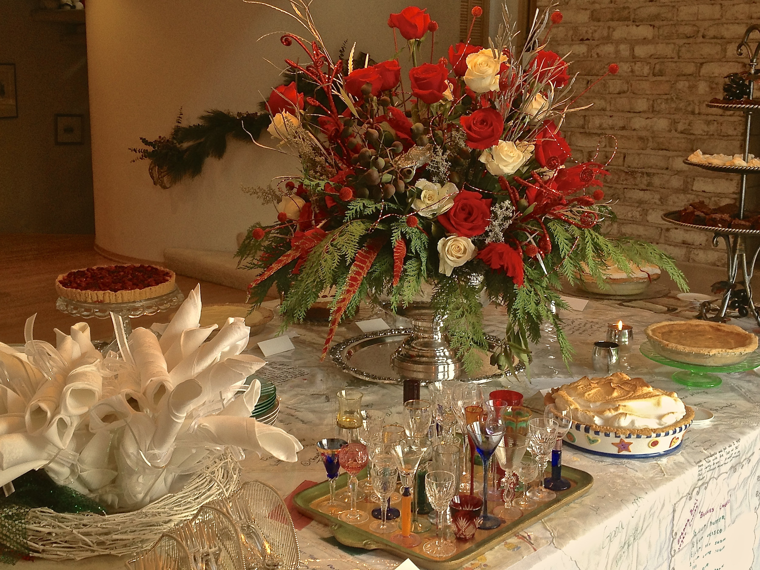 cindi_dessertparty_2014_spiritedtable_photo1.jpg