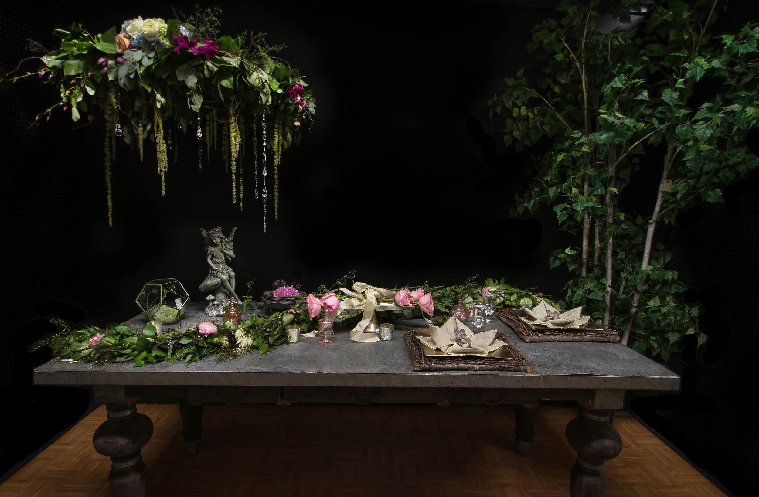 Midsummer Night Dream Flowers Spirited Table