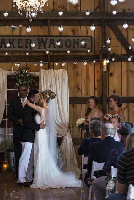 kristine_wedding_Caroline&Ryan_marriage&party_spiritedtable_photos21.jpg