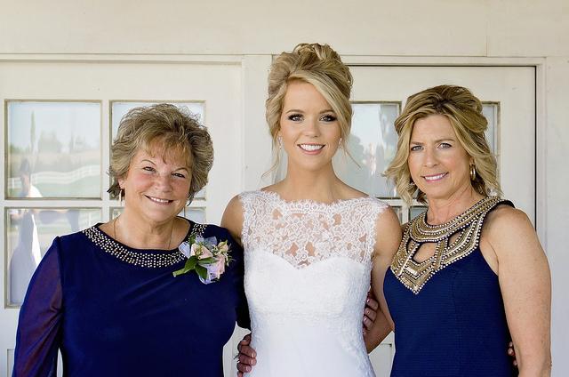 kristine_wedding_Caroline&Ryan_marriage&party_spiritedtable_photos39.jpg