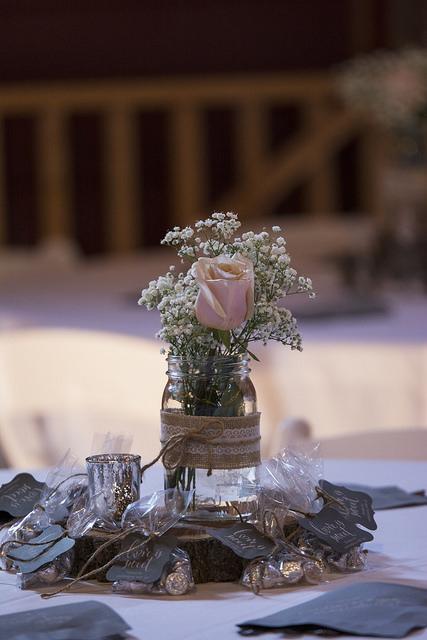 kristine_wedding_Caroline&Ryan_marriage&party_spiritedtable_photos31.jpg