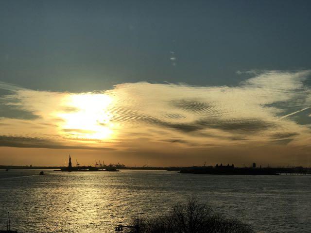 teri_smlNYC_sunset_spiritedtable_photo1.jpg