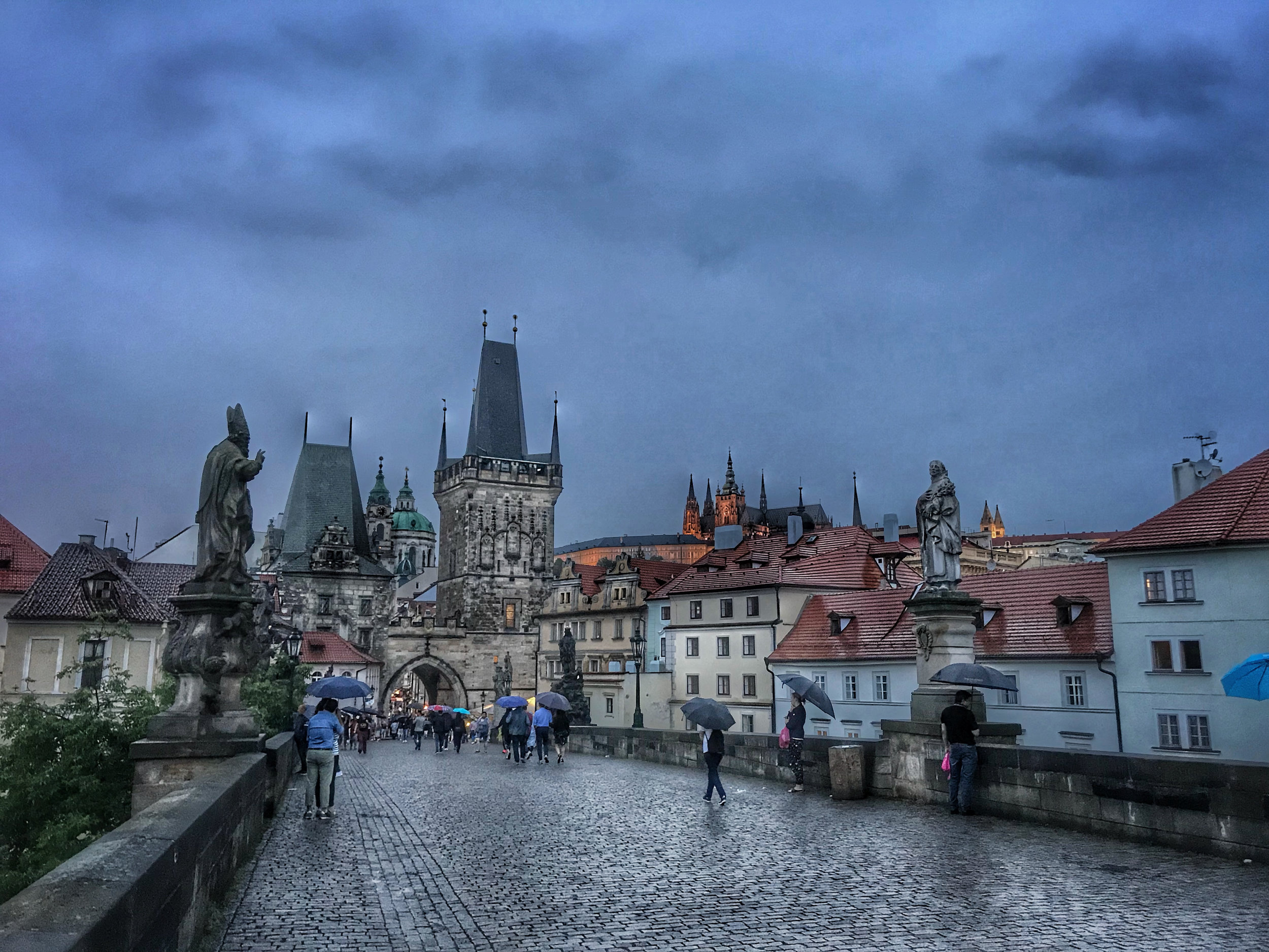 teri_Prague_CharlesBridge_spiritedtable_photo07.jpg