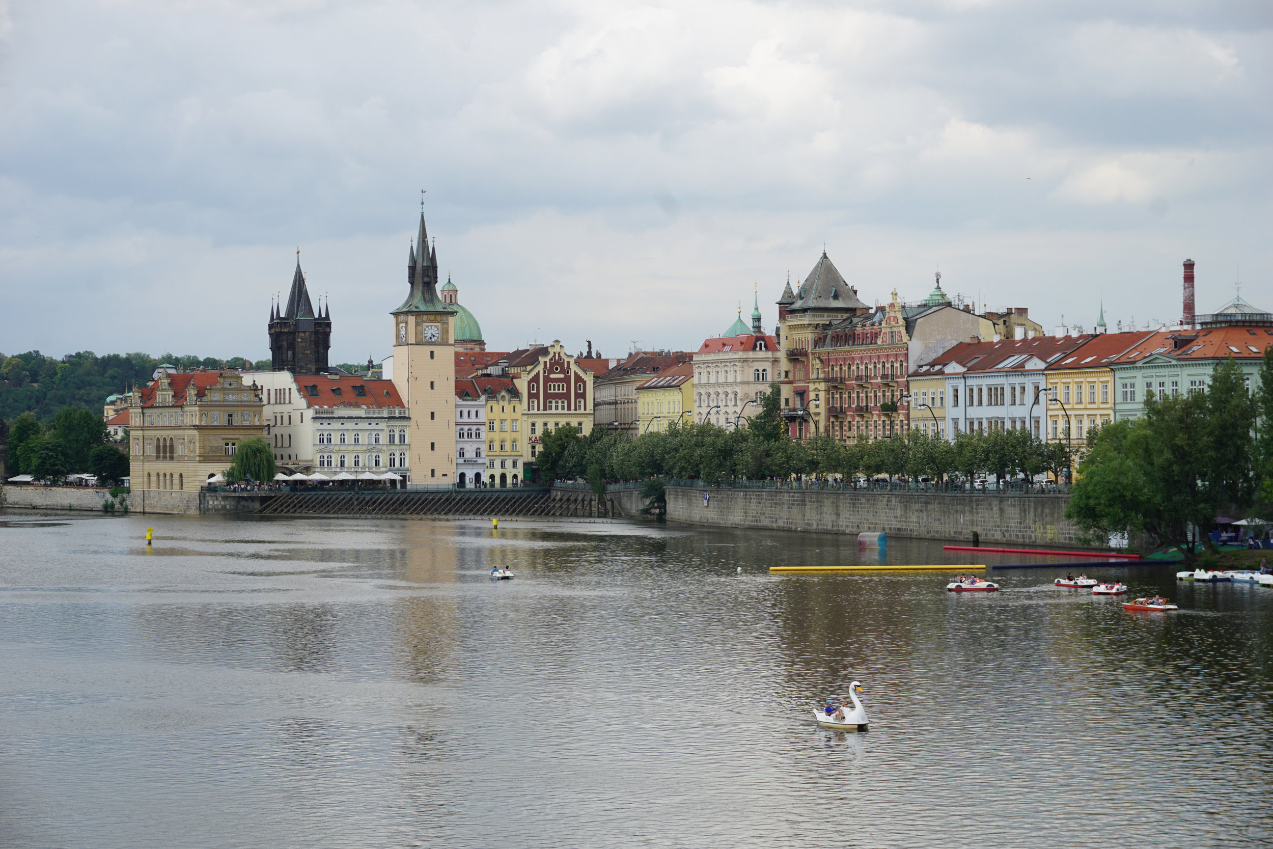 teri_Prague_WalkingOldCityRiverfront_spiritedtable_photo12.jpg