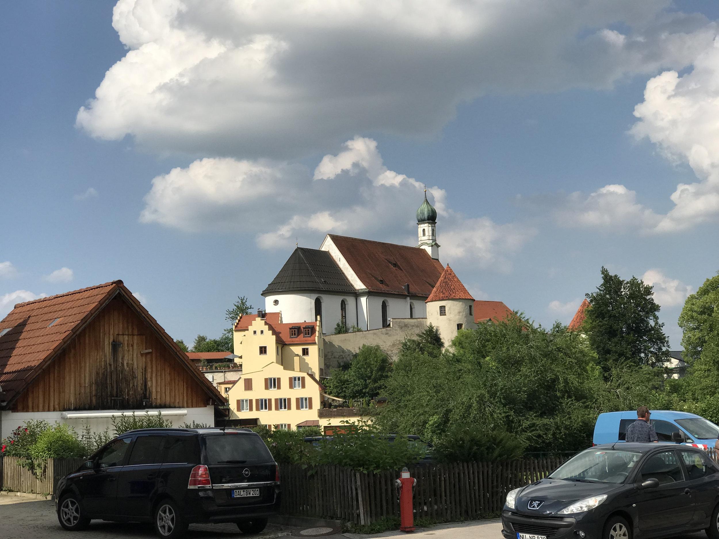 Teri_Day2_Castles_Germany&Austria_spiritedtable_photo02.jpg