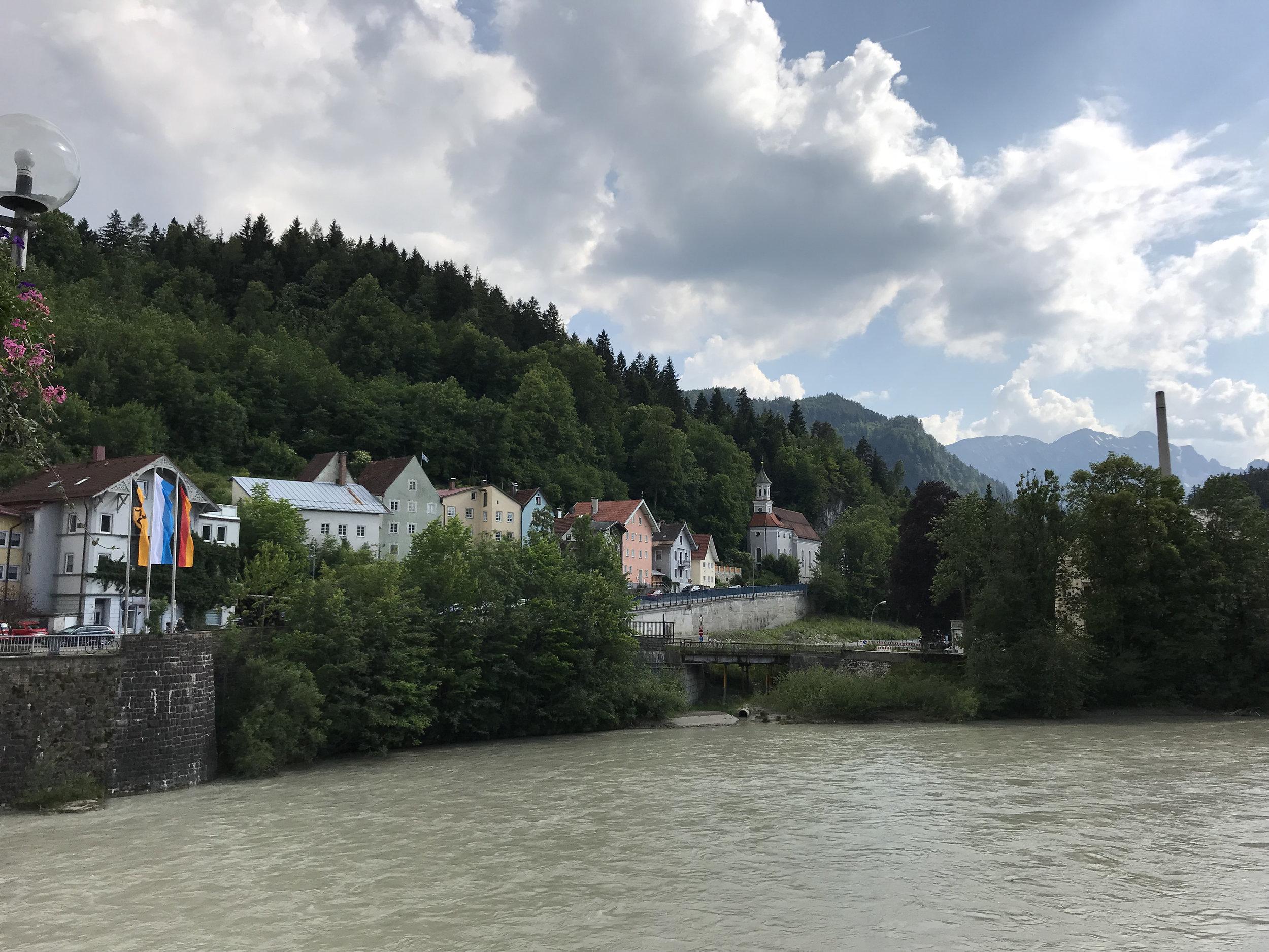 Teri_Day2_Castles_Germany&Austria_spiritedtable_photo05.jpg