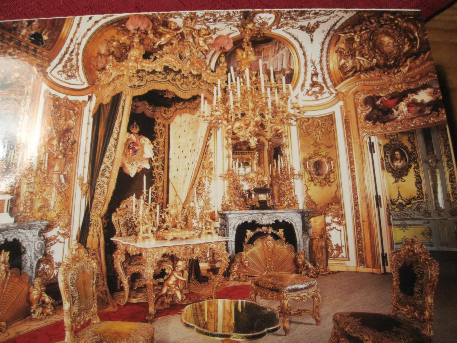 Auudience-Chamber-Inside-The-Linderhof-Palace-In-Bavaria-Germany.jpg