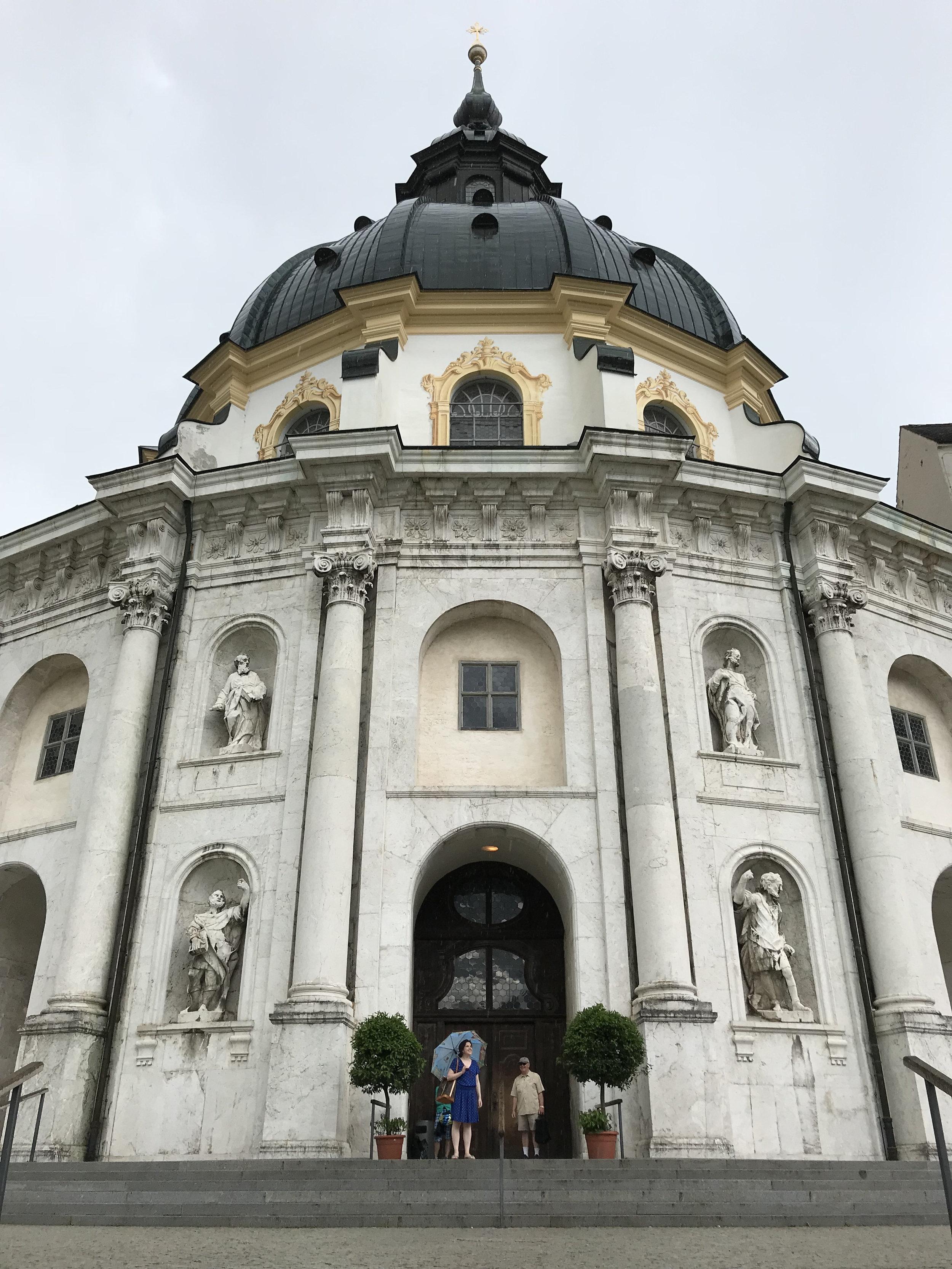 Teri_Bavaria_part3_monastery_spiritedtable_photo01.jpg