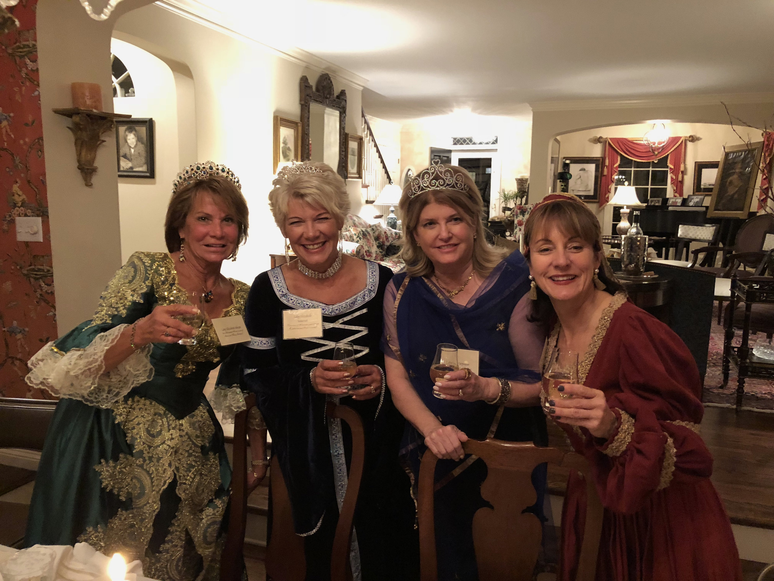 teri_medium_Laura_W3BookClub_OtherBoleynGirl_spiritedtable_photo22.jpg