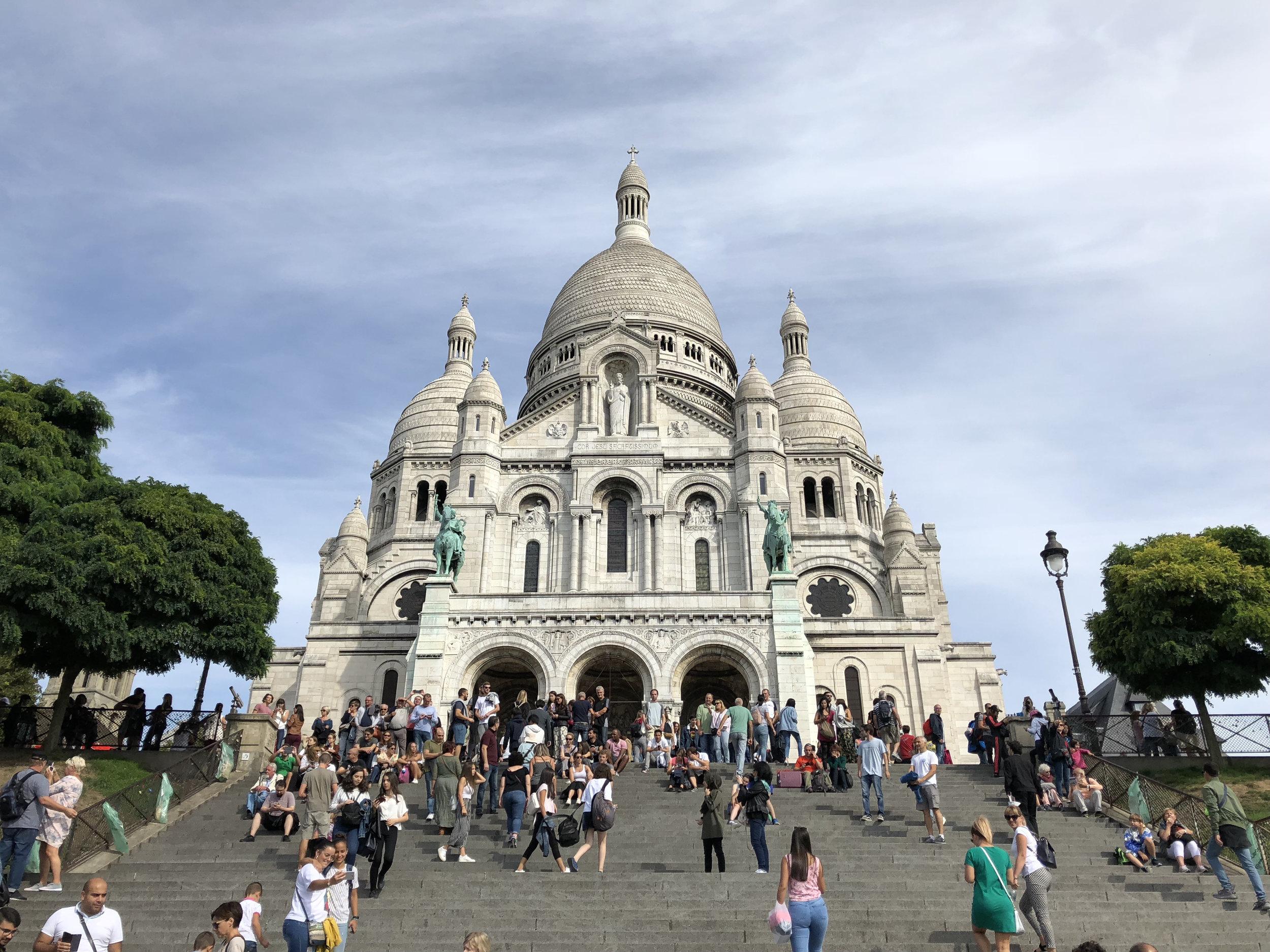 Teri_Paris_Montmarte_Halles_spiritedtable_photo29.jpg