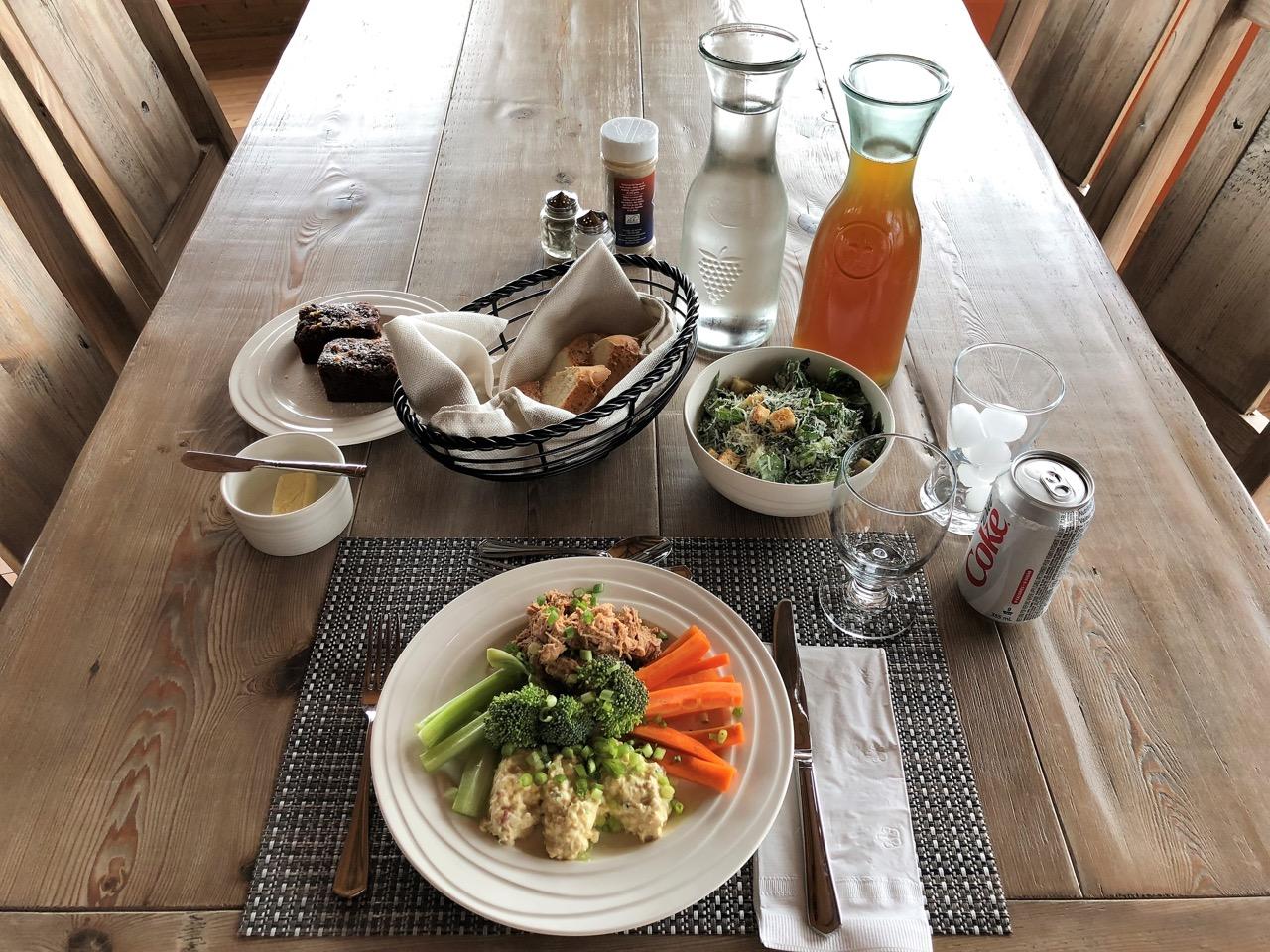 teri_churchill_lodge_dinners_spiritedtable_photo4.jpg