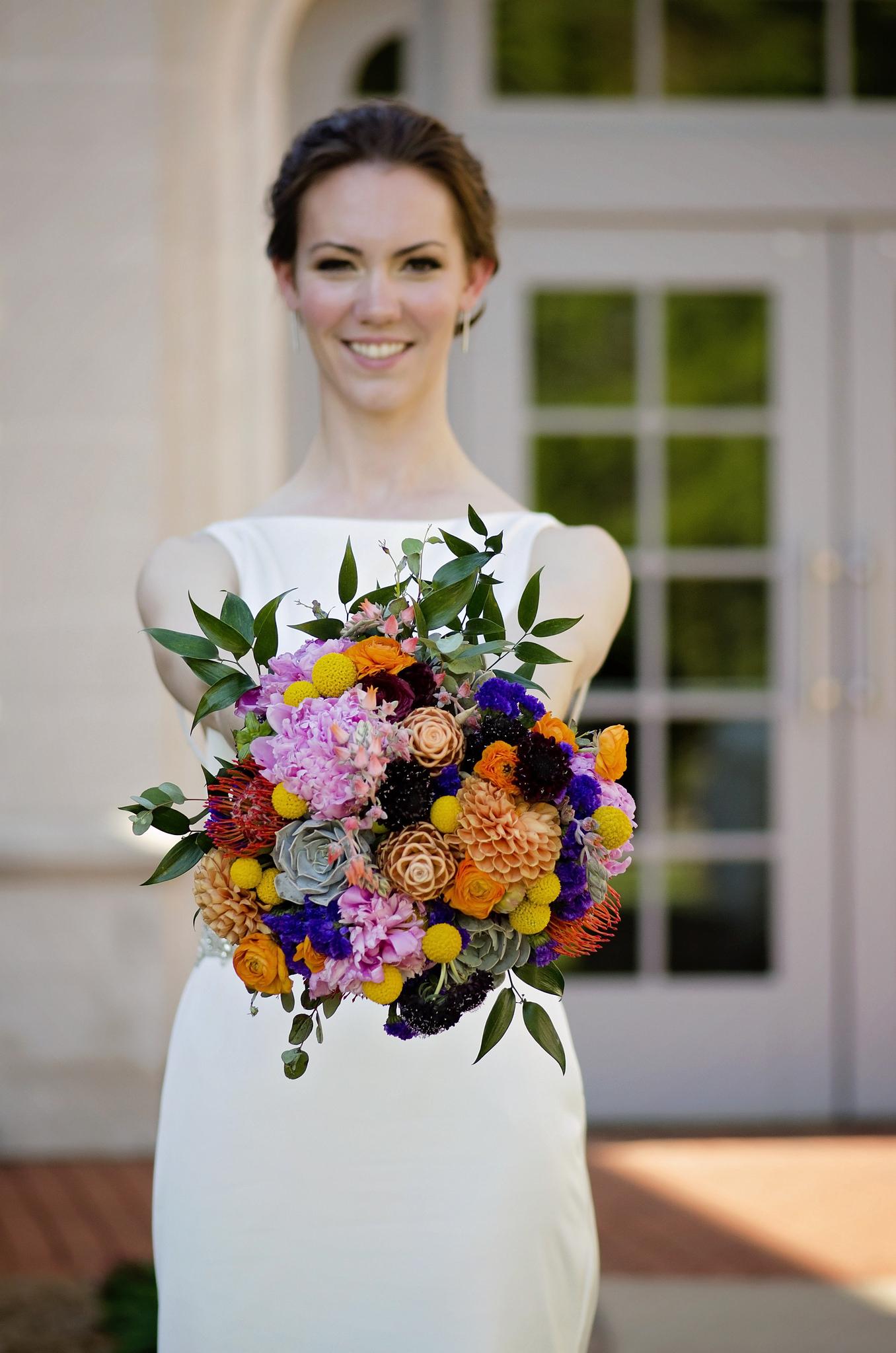cindi_wedding_flowers_spiritedtable_photo11.jpg