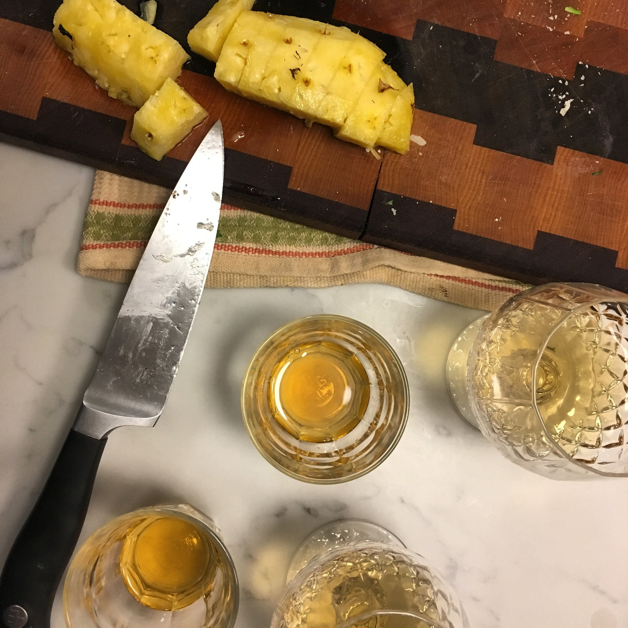 One of our favorite surprise pairings - ripe, juicy pineapple and Highland Park 12 Year Viking Honour Single Malt Scotch -