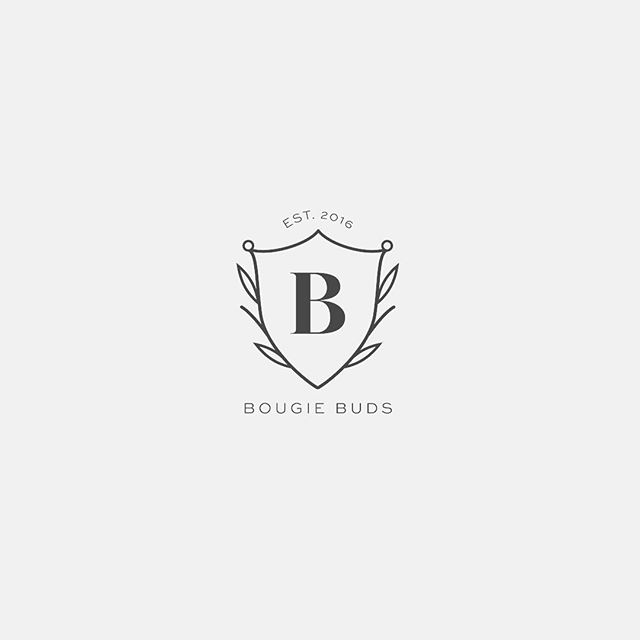Oh hey! It's been a while, but I'm still here. Still designing in the midst of starting another little side hustle @lakeboundcandleco 🙌🏻 This submark was from one of my recent projects that I had a great time working on, simple and perfect.