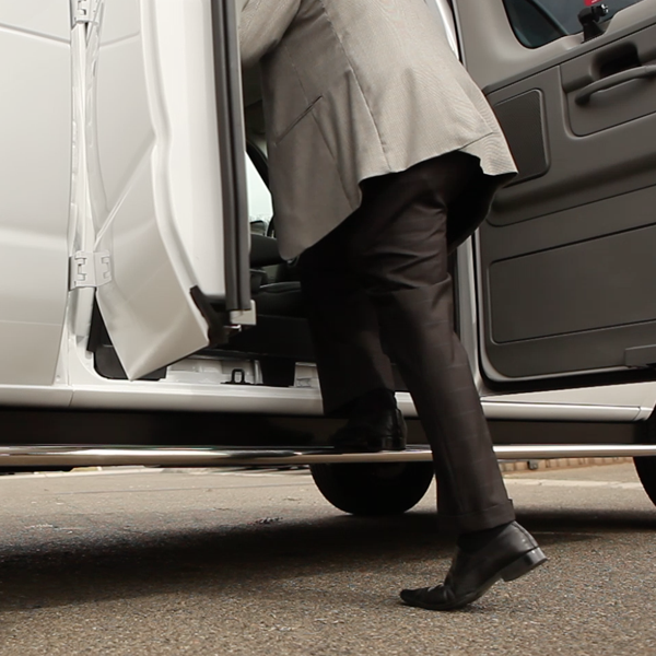 STAINLESS STEELRUNNING BOARDS -