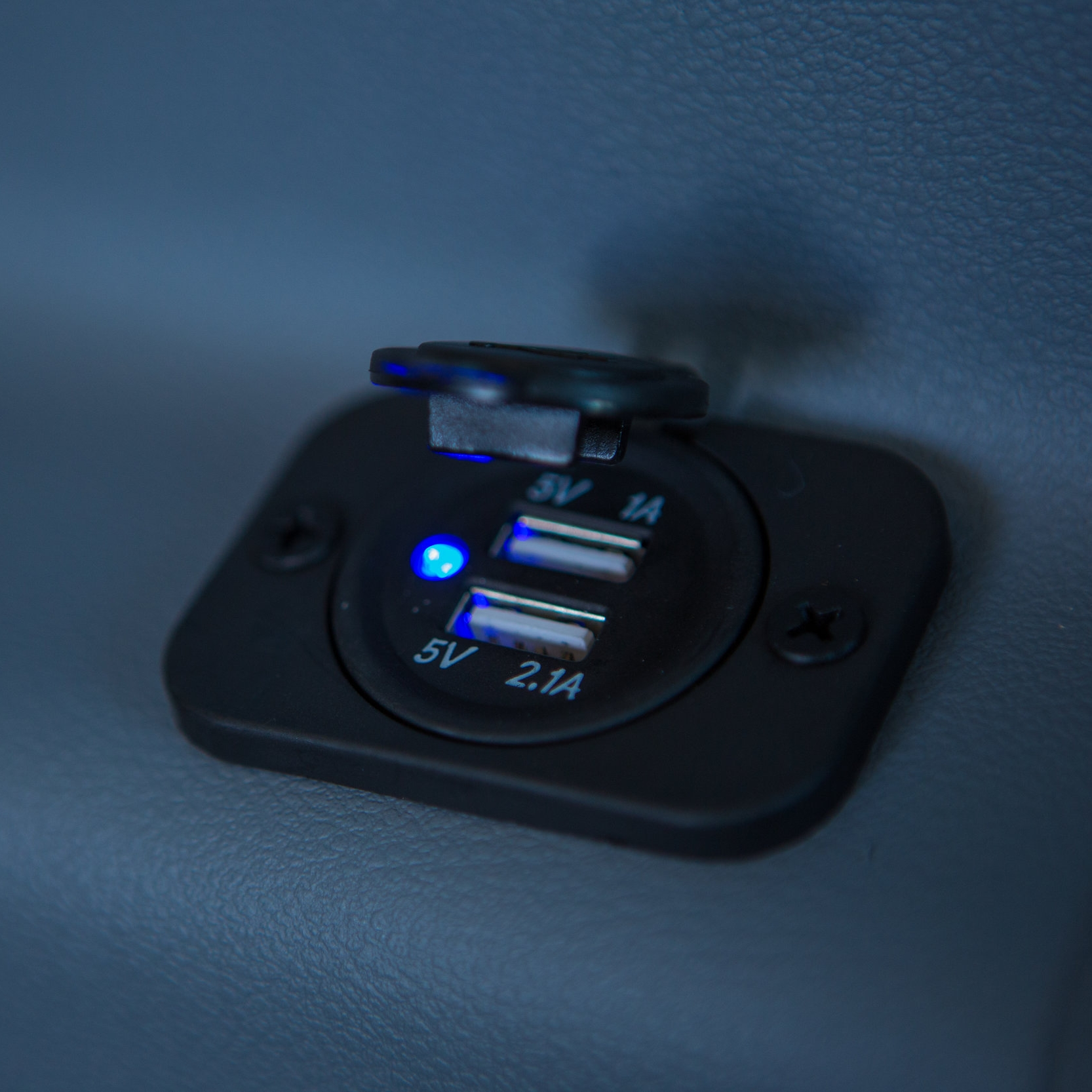 USB PORTS -
