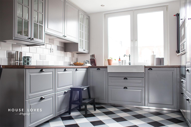kuchnia IKEA - kuchnia z szarymi frontami bodbyn