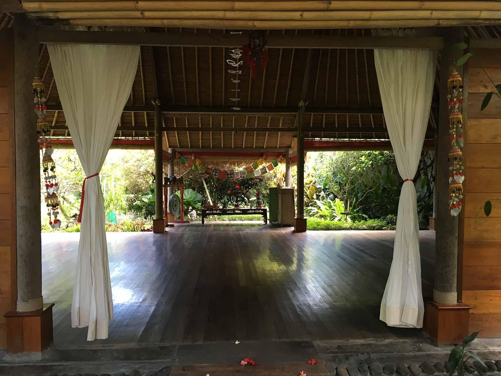 Yoga-Corner-Luxe-Retreat-2017-Bali-Desa-Seni-(Yoga-Shala).jpg