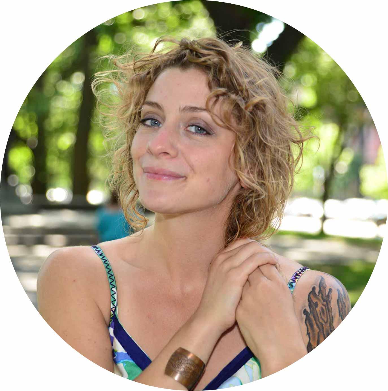 Keleigh-Lynch-Yoga-Corner-Melbourne-teacher-Circle.jpg