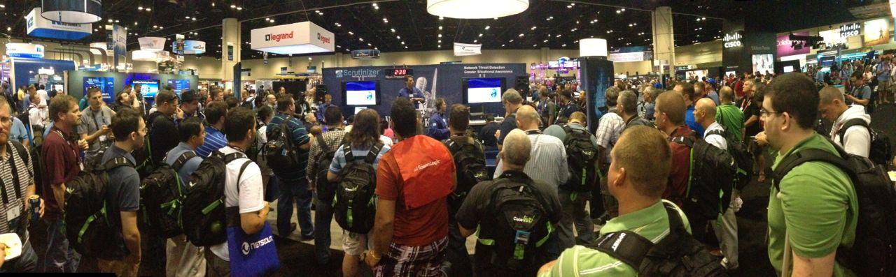 Trade-Show-Presenter-Cisco-Live-US-2013-Orlando-4.jpg