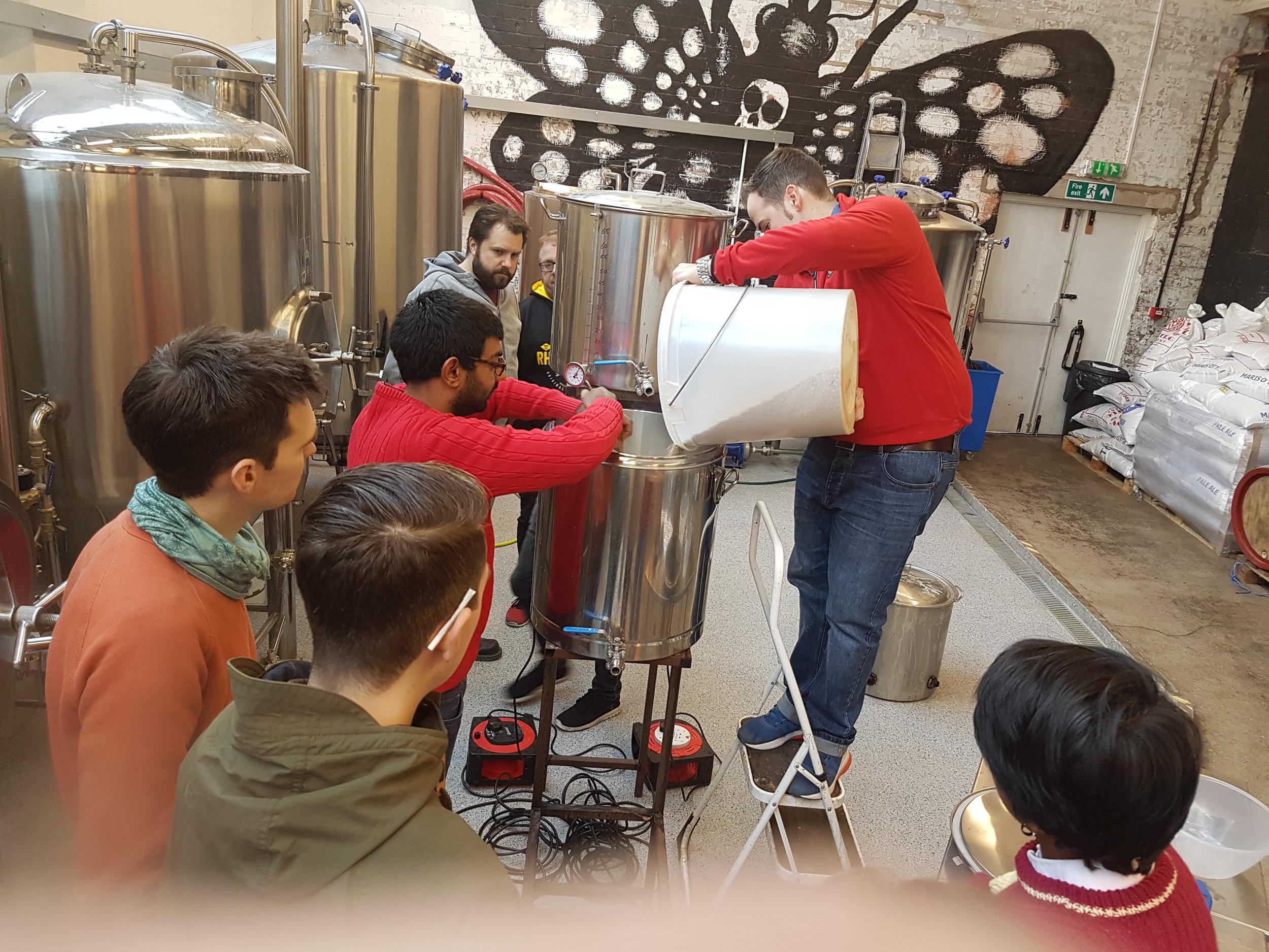 - Home Brew Club Pilot Brew Day 2017