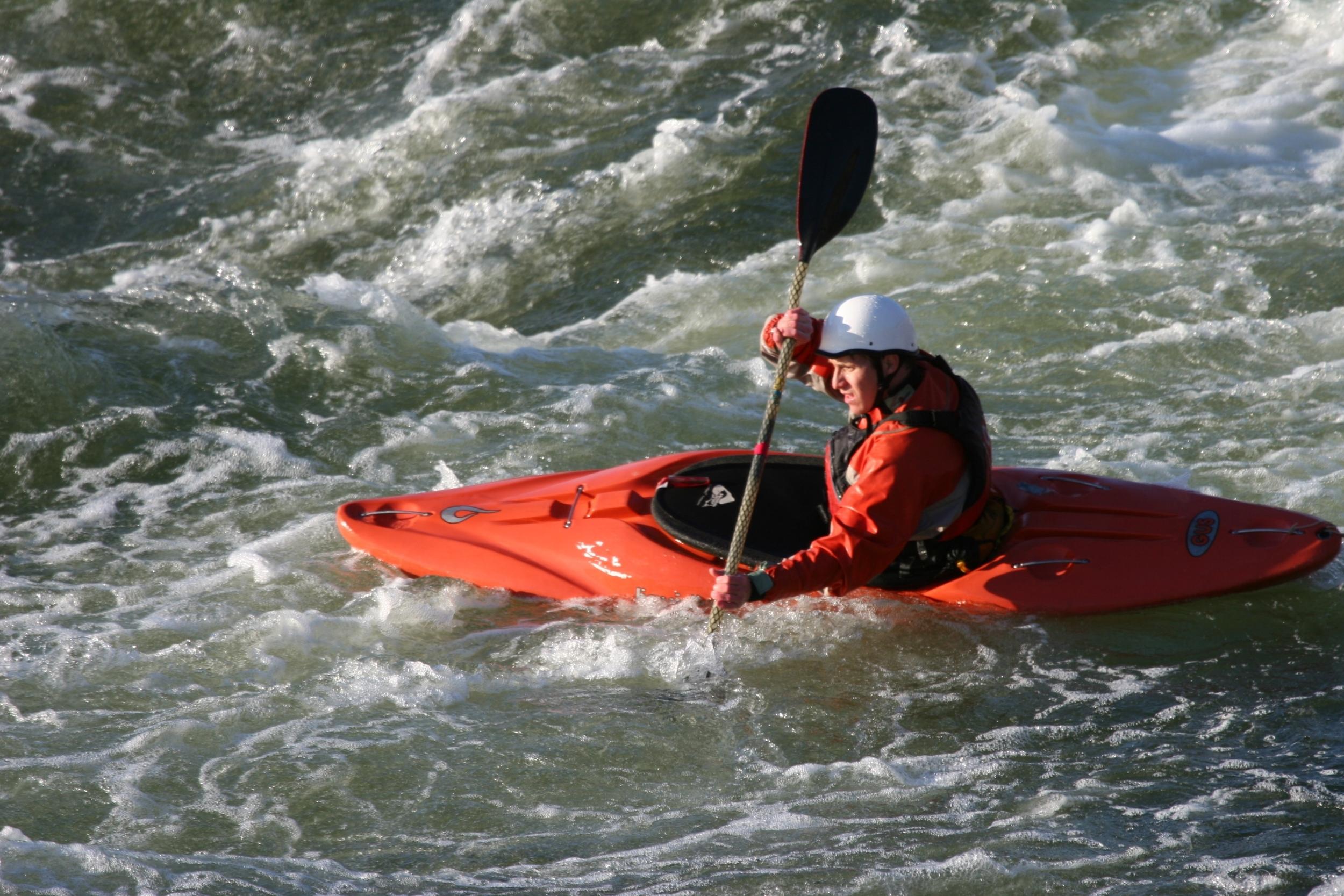 G0402 kayaking- Ed Tenney.JPG