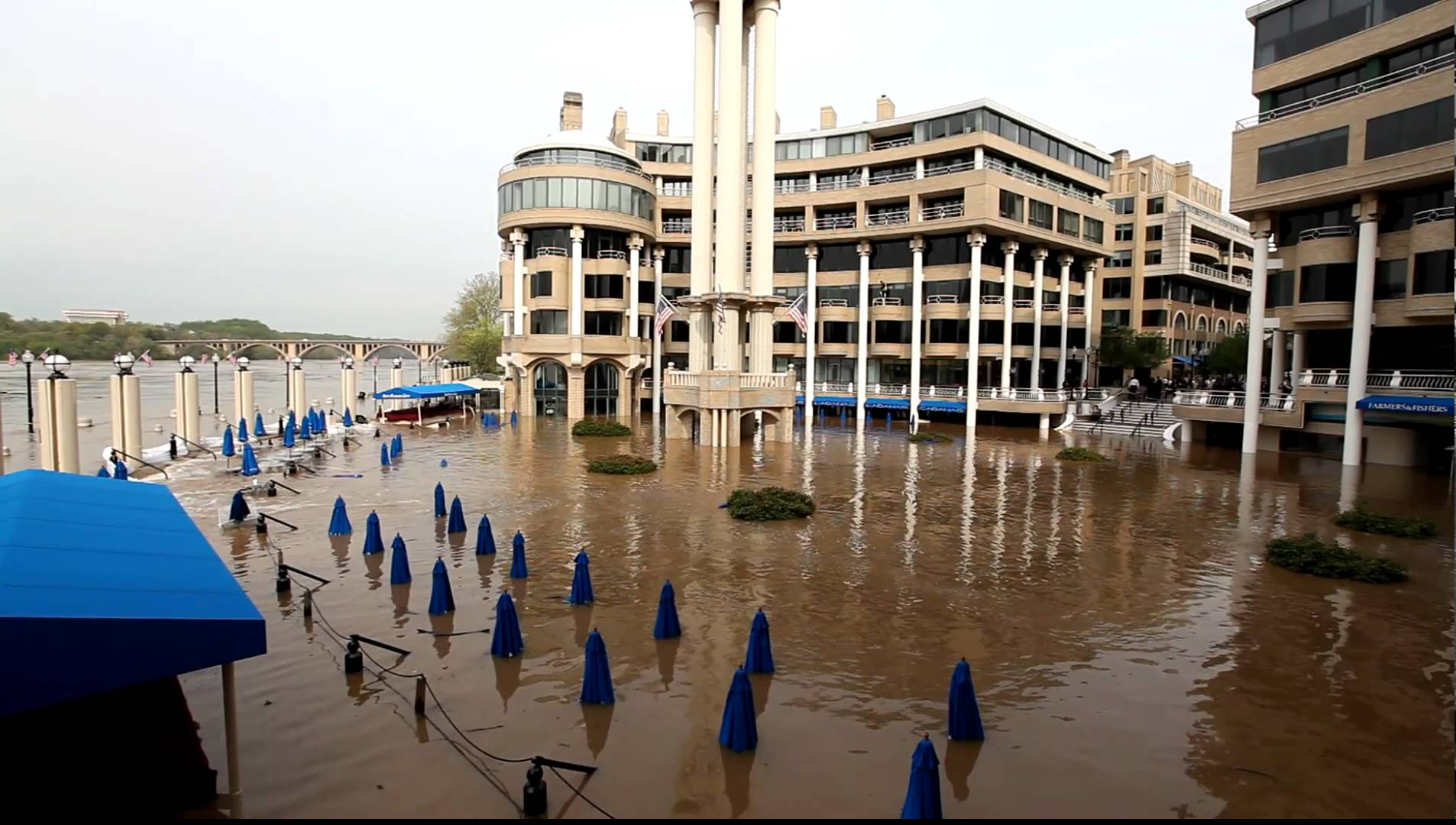 Flooding along the georgetown waterfront in april 2011.