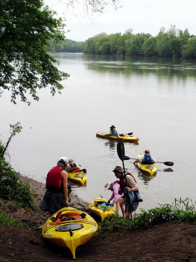 Dickerson kayakers.jpg