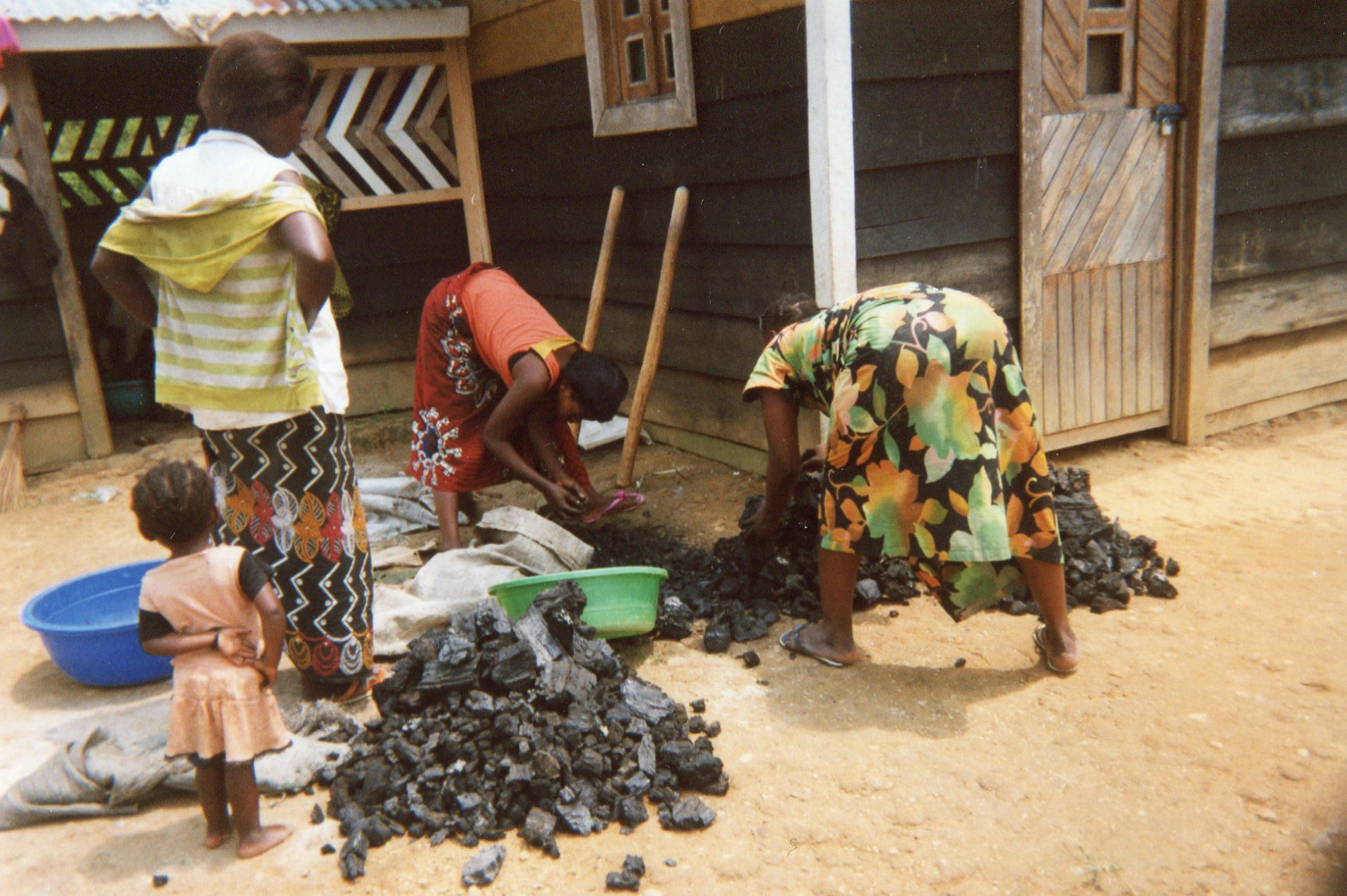 The wives of soldiers and how they suffer with charcoal that is very expensive.