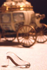 glass-slipper-437593-m.jpg