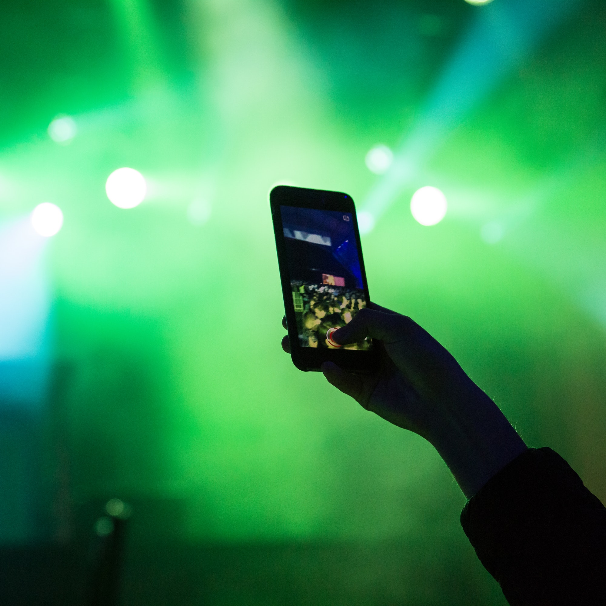 artists and fans want the phones away during shows - but is it a battle already lost?