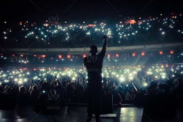 stock-photo-concert-lights-urban-theatre-hip-hop-rap-iphone-android-b20805b2-8935-4980-abf5-2f89a4c1fc7f.jpg