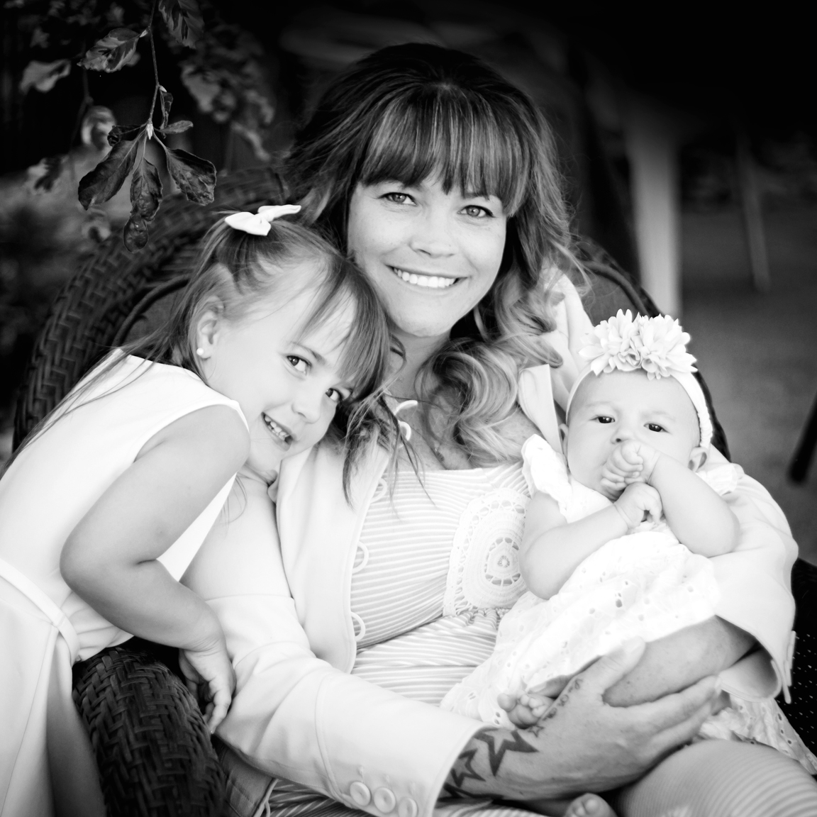 """DANIELLE GIRARD     Photography Client    """"This is the second year in a row we have done family photos with Nicki Kay, and will continue to book with her year after year. Always a fun, easy going experience and the results are just phenomenal. I love the brightness and the sharpness in the photographs. Very reasonable prices for outstanding work. Thanks again!"""