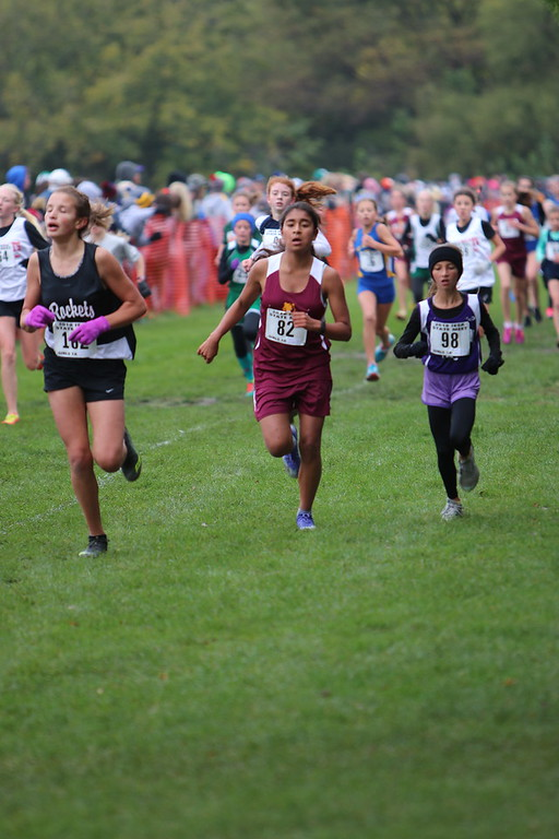 girls cross country 2.jpg