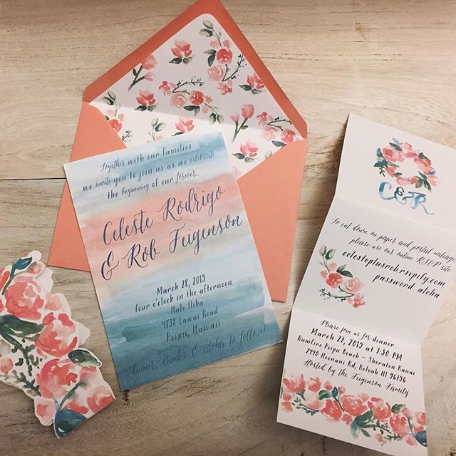 We love making floral patterns! 🌸 Here's an early version of Celeste & Rob's custom watercolor invitation suite #sandpiperandco