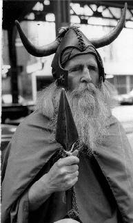 Moondog_dressed_as_Odin.jpg