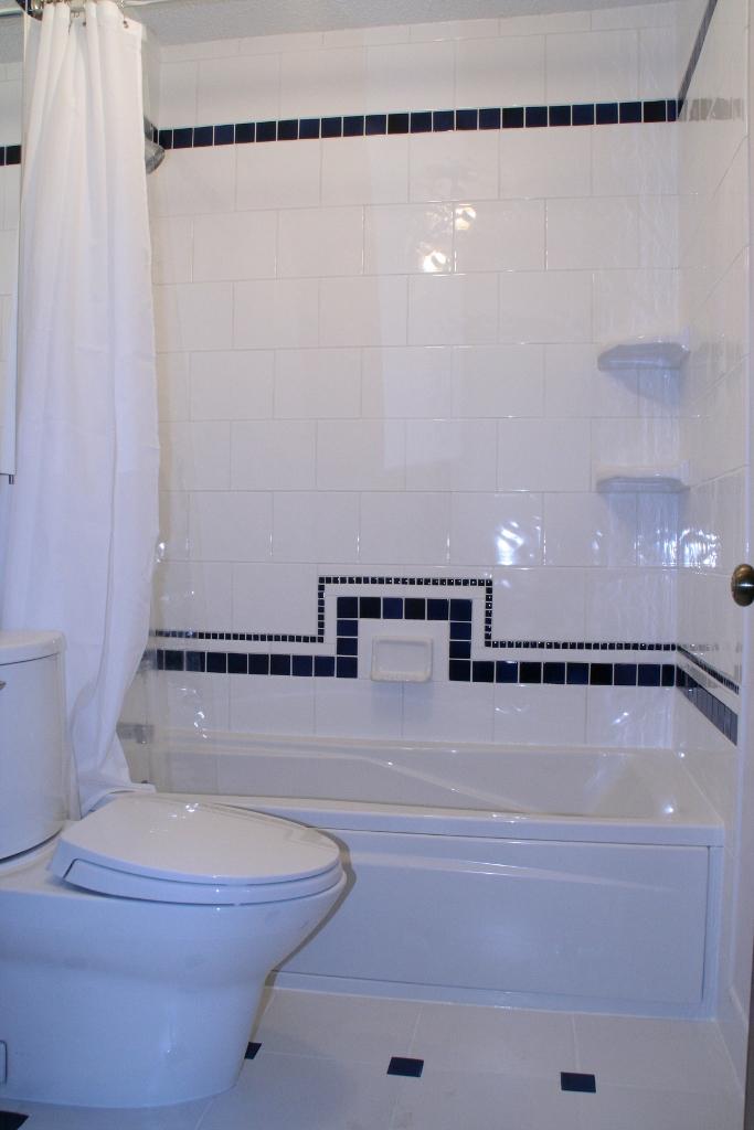 Art Deco Hall Bath