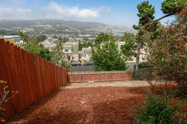 61 Norwood Ave Daly City CA-large-026-18-Back Yard-1500x1000-72dpi.jpg