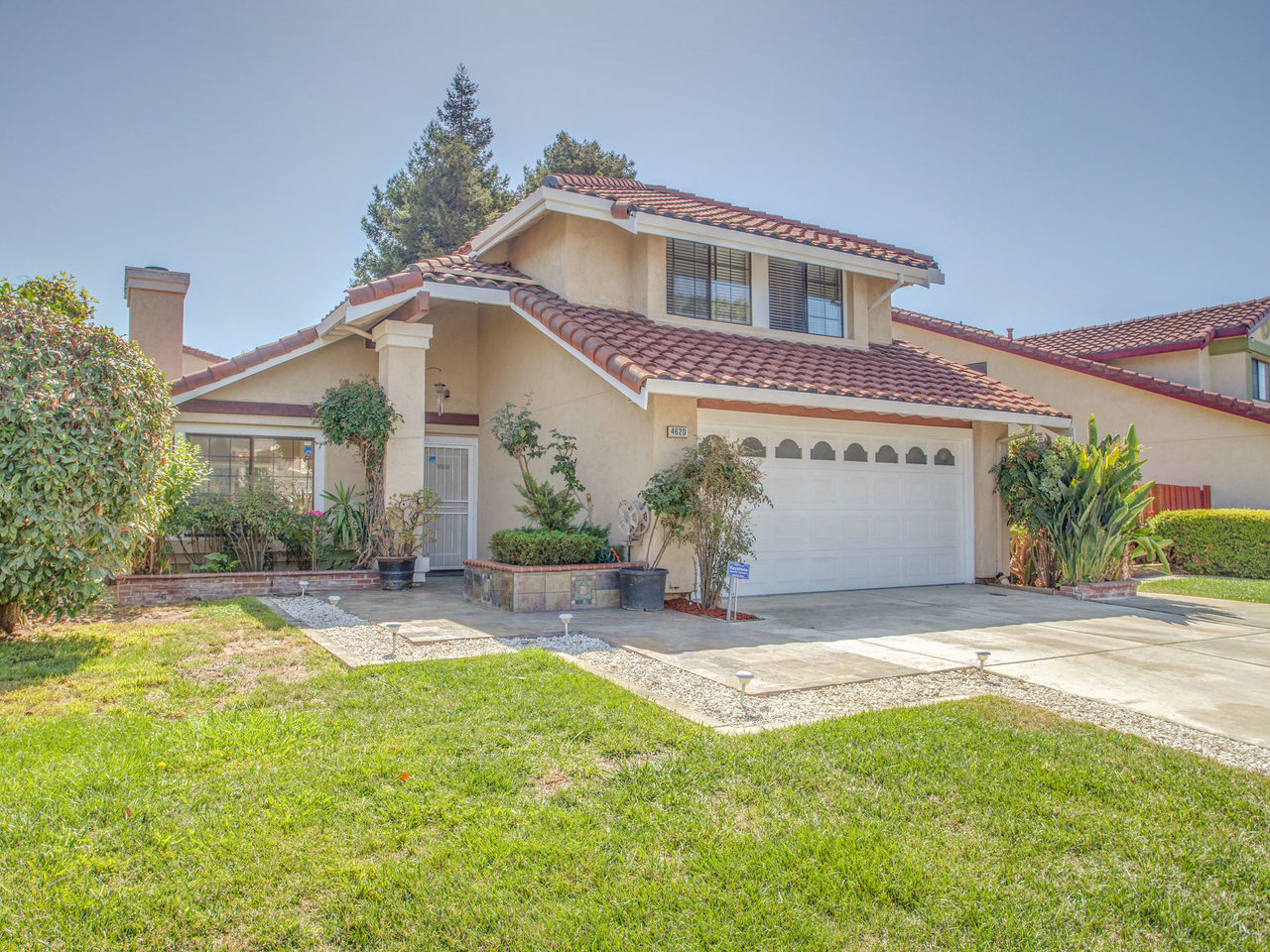 4620 Kelso St Union City CA-MLS_Size-002-15-Front Exterior-1280x960-72dpi.jpg