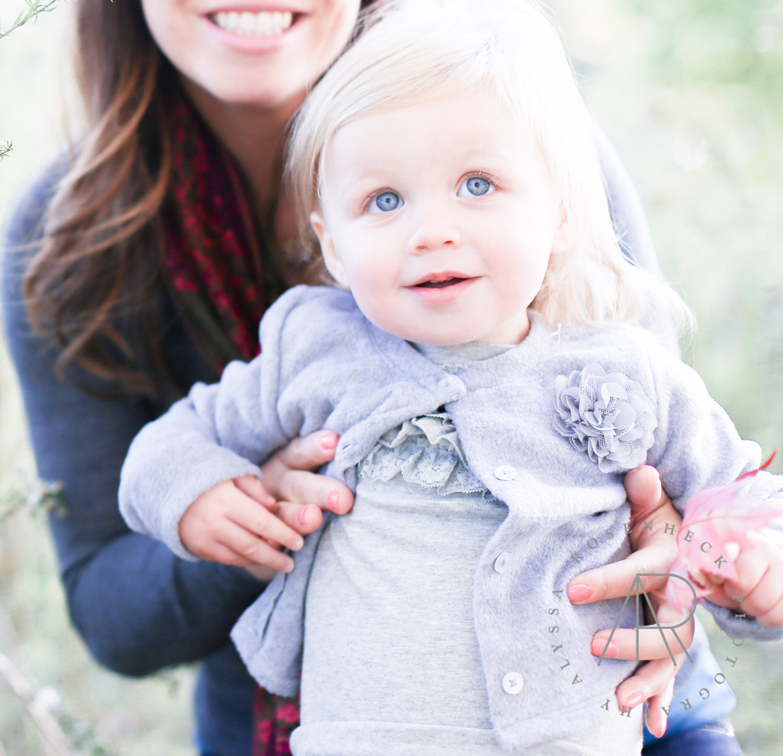 Baby Ana + Family-30.jpg